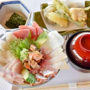 壱岐産 海の幸たっぷり豪華海鮮丼