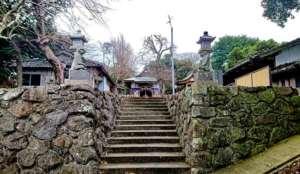 男嶽神社神職